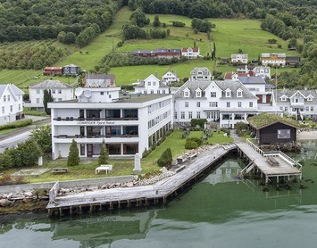 Leikanger Fjordhotell
