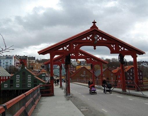 Den Gyldne Omvei og Trondheim